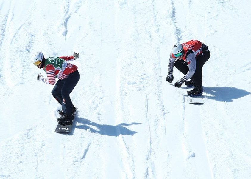 Eliot Grondin scores 1st career World Cup snowboard cross medal